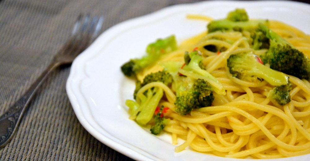 Классические спагетти с брокколи