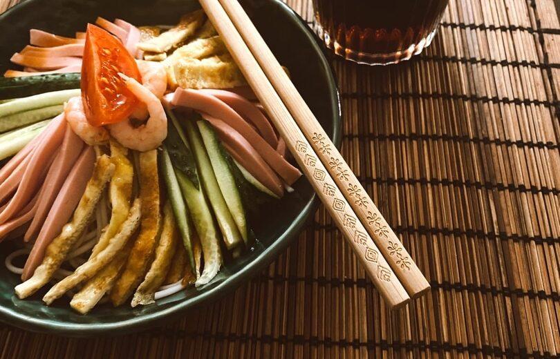 Лапша сомэн с овощами (гомоку сомэн)